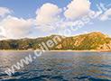 La scogliera di Ascea Marina e la diruta torre del Telegrafo