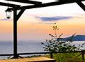 Dal gazebo in legno splendida vista panoramica al tramonto