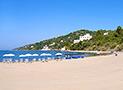 La spiaggia a Marina di Casal Velino dove è possibile noleggiare ombrellone e lettini