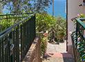 Le scale che conducono all'appartamento Riviera di Ponente