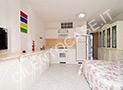 Cucina abitabile con letto singolo o doppio a scomparsa e tv