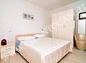 Una delle 2 camere da letto con tv, frigobar e aria condizionata