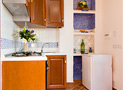 L'angolo cucina dell'appartamento Circe