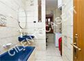 Il bagno con vasca dell'appartamento Zenone
