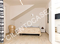 L'altra camera più grande con letto matrimoniale, divano letto, tv, frigobar e aria condizionata