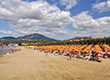 La spiaggia attrezzata accessibile direttamente dal Villaggio Copacabana